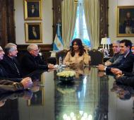 La Presidenta recibió al nuncio apostólico.