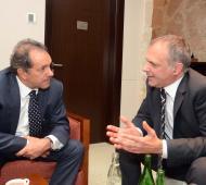 El Gobernador bonaerense desembarca en Chubut, donde compartirá agenda con el Gobernador sureño Martín Buzzi.