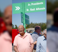 A los 102 años, en marzo, cuando se nombró Raúl Alfonsín a una avenida. (Gentileza familia)