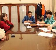 Cáffaro recibió en su despacho a las autoridades.