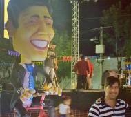 El Intendente presentó su propia carroza en el carnaval.