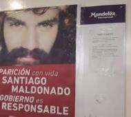 Este es el afiche que pegó el trabajador Tomás Suárez.