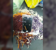 Ensalada con sorpresa: Intentó pasarle un celular a su hijo preso en cárcel de Varela