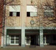 Apartan del cargo a un docente denunciado por abuso. Foto: Prensa