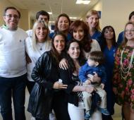 Cristina posó públicamente por primera vez junto a su nieto.