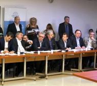 Intendentes de la oposición se reunieron para tratar el aumento tarifario. Foto: Twitter