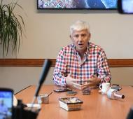 Alejandro Dichiara dio una conferencia unto al secretario de Salud, Dr. Jorge Busca