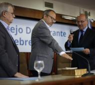"""Tres de Febrero: """"Voy a poner mi granito de arena para la unión nacional"""", dijo Valenzuela al jurar como intendente"""