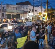 Vecinos marcharon a la departamental de San Fernando.