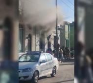 Incendio intencional en Comisaría de Ensenada (captura video)