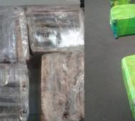 Ezeiza: Trece detenidos cuando iban a Madrid con 254 kilos de cocaína en valijas