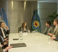 Vidal firmó el acuerdo en la sede central del Banco Provincia.