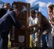 """Recuperación de Nieto 130: Acto en Ituzaingó en el monumento """"Cuenta-nietos"""""""