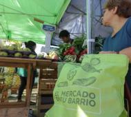 El Mercado en tu Barrio llega a Centros de Jubilados de Lanús