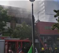 El fuego se desató en pleno centro de la ciudad. Foto: El Progreso.