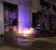 Los bomberos sofocaron el incendio cerca de las 5.00.