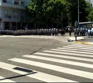 Incidentes en funeral de Maradona