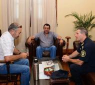 El secretario de Gobierno, Sergio Acosta, Marini y el Comisario Mayor Luis Albertario.