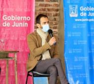 Segunda ola Covid: Petrecca disconforme con suspensión de clases presenciales en Junín