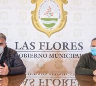 El secretario de Salud Juan Tibiletti y el intendente Alberto Gelené.
