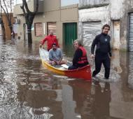 Ayuda en Luján, donde las calle son ríos. Foto: El Civismo.