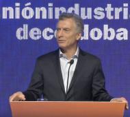 Más promesas de Macri en campaña