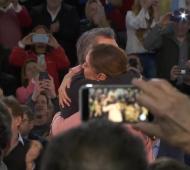 Macri, emocionado, cerró la campaña bonaerense oficialista con Vidal en Vicente López