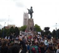 La marcha por el Paro de mujeres se replicó en Mar del Plata, Tandil y La Plata. Foto de Mar del Plata. (@MajoSanchez82)