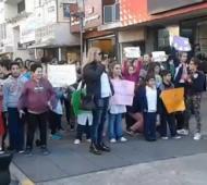 La protesta se llevó a cabo en el centro de la ciudad.