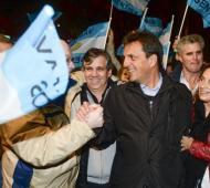Massa de campaña en Chivilcoy junto a Guillermo Britos.