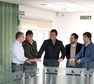 Massa recorrió un hospital oftalmológico en San Fernando junto a legisladores provinciales de su partido.