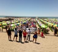 La CTA llevó la protesta a la playa pública que inauguró Vidal en Mar del Plata