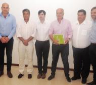 Molina con Echarren y los intendentes de la Tercera.