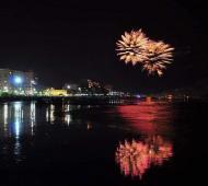 Tandil y Monte Hermoso reciben al 2020 con show de luces y fuegos artificiales