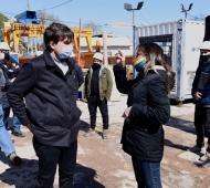 Lucas Ghi y Malena Galmarini recorrieron obras del plan cloacal en Castelar