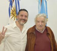 Menéndez, anfitrión de la visita de Mujica. Foto: @gustavomenendez