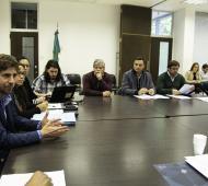 Acuerdan avanzar en una ley marco para la división de municipios en Provincia