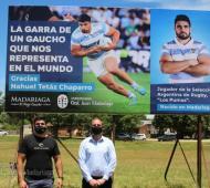 Descubrieron un cartel de ingreso a Madariaga en tributo a Nahuel Tetaz Chaparro