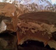 La Olla de Cobre es una fábrica de chocolates que produce turrones, huevos de pascua y alfajores q