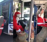 Navidad 2020: Papá Noel colectivero repartió regalos en Quilmes