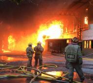Incendio en una papelera de Don Torcuato (Bomberos)