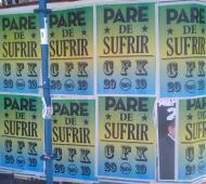 Los afiches aparecieron este jueves en Capital Federal.