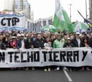 """Movimientos sociales presentan proyecto de ley """"Tierra, techo y Trabajo"""""""