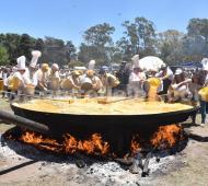 Pigüé: Fiesta del Omelette Gigante renovó su éxito con 21 mil huevos (Reflejos)