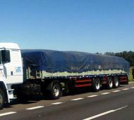 El camión secuestrado por la policía viajaba desde Salta. Foto: LaNoticia1.com