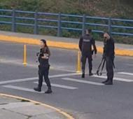 Olavarría: Desafectan a tres policías por tirar balas de goma en una plaza en Año Nuevo