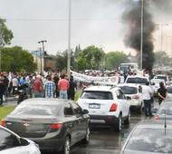 Protesta de trabajadores químicos en Ruta 6. Foto: La Voz