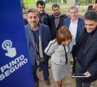 Vicente López: Jorge Macri recorrió los puntos seguros junto a la ministra Patricia Bullrich