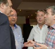Cumbre de radicales en San Fernando.