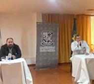 Álvarez y Dos Santos en conferencia de prensa
